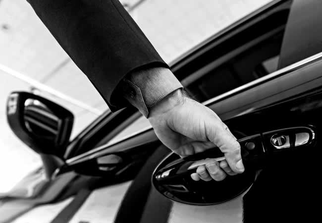 CAR RENTING WITH CHAUFFEUR
